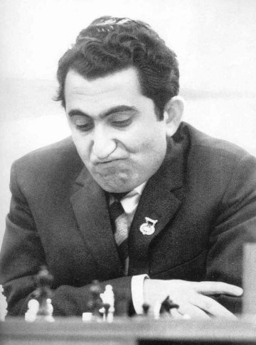 Tigran_Petrosian